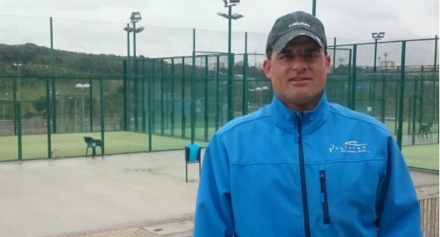 El monitor de pádel José Ángel Comendador en Palestra Torrespaña