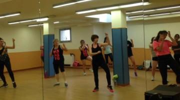 Clases de baile moderno en el polideportivo Torrespaña
