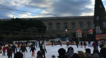 pista de patinaje en la Plaza de Colón en Madrid